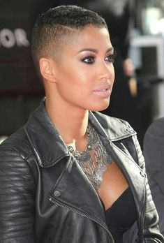 Nice shaved hair designs for women with black skin Natural Hair Short Cuts, Short Natural Haircuts, Best Short Haircuts, Short Hair Cuts, Natural Hair Styles, Pixie Haircuts, Teen Hairstyles, Black Women Hairstyles, Shaved Hairstyles