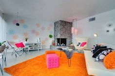 Check out this awesome listing on Airbnb: Mid Century Luxe In Historic Paradise Palms - Houses for Rent in Las Vegas, Nevada, United States