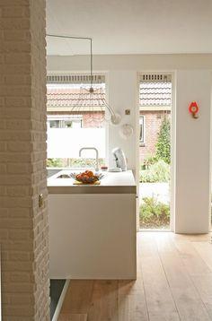 Ideas light wood floors white wide plank for 2019 Eclectic Kitchen, New Kitchen, Kitchen Ideas, Kitchen Island, Kitchen Decor, Cozy Kitchen, Wooden Kitchen, Kitchen Inspiration, Kitchen Interior