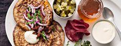 Täydellisten blinien salaisuus Savoury Baking, Hummus, Special Occasion, Tacos, Food And Drink, Mexican, Vegetarian, Cooking, Ethnic Recipes