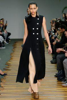 Céline. Fall 2014. Doublebrested. Contrast. Waistfocus. 30s. Camel trousers. Platforms.