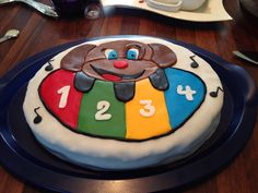 Chocolate cake for my 1year old :) he loves music :) @Rita Bakke