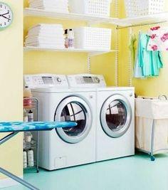 Cuarto de lavado amarillo