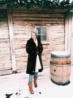 Loving teddy coats this season ❤️❄️❄️❄️ Style Fashion, Fashion Outfits, Teddy Coat, Winter Season, Vienna, Winter Wonderland, Seasons, Street Style, Coats
