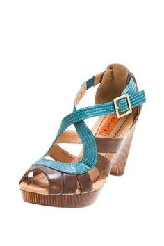summery sandals clothes-shoes-hair-jewelry