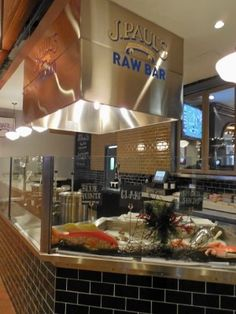J Paul's Raw Bar and Restaurant #Baltimore #seafood #Harborplace