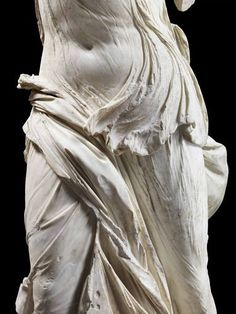 Nike - The Winged Victory of Samothrace. A living, moving being in stone. When I first saw it in the Louvre, I could hardly breathe. Roman Sculpture, Art Sculpture, Sculpture Romaine, Winged Victory Of Samothrace, Angel Statues, Buddha Statues, Stone Statues, Statue Tattoo, Dragon Statue