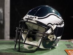 Buy exclusive university and college sports, campus, traditions and stadium photos. Philadelphia Eagles Wallpaper, Philadelphia Eagles Helmet, Philadelphia Sports, Go Eagles, Eagles Fans, Jeremy Maclin, Nfl Football Helmets, Nfl Photos, Kids Sports