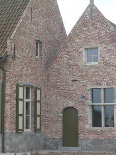 Vandemoortel Rustieke Bouwmaterialen - Stijlvloeren - Oude gevelstenen klampsteen derderling