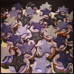 Twinkle twinkle little star cupcakes!! For my sister in law's surprise birthday party - Jan 2014