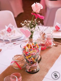 Mariage Origami Gourmand – Décoraly Origami, Table Decorations, Home Decor, Center Table, Greedy People, Decoration Home, Room Decor, Origami Paper, Home Interior Design