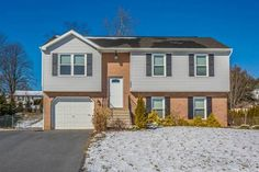 Cindy Grimes of J & B Real Estate, Inc. just listed 12256 Red Hawk Drive Waynesboro PA 17268 This split foyer has tons of upgrades! Updated kitchen, appliances, heat pump, water heater, flooring, etc, in 2013/2014! New windows 2016! Spacious living room, sunny kitchen with stainless steel appliances and granite counter tops! 3 generous bedrooms and 2 full baths on main level and lower level offers an expansive family room, separate laundry, 1/2 bath and 1 car garage! Deck, fenced yard and…