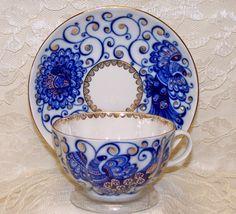 """Lomonosov Russian Porcelain """"Czar Bird"""" Tea Cup and Saucer Tea Cup Set, My Cup Of Tea, Tea Cup Saucer, China Tea Cups, Tea Service, Drinking Tea, Tea Party, Creations, Russian Tea"""