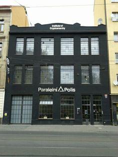 Paralelní Polis Four Square, Multi Story Building