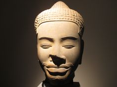 Cambodian statue at the Musée Guimet