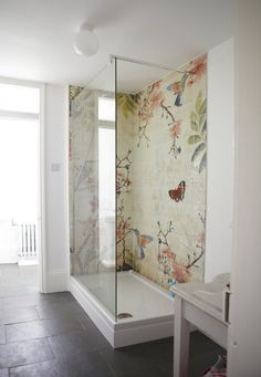 Trend Alert: 5 Baths with Floral-Patterned Tile