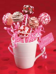 How to Make Cake Pops #Valentines #Baking