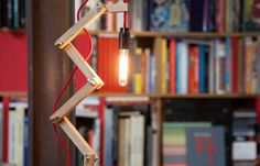 Une lampe Zig-zag à fabriquer soi-même