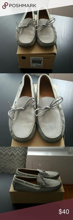 Zara mens shoes size 9 A pair of men's Zara shoes in a size 9. They are worn as seen in the pictures. Very nice shoes for a night out. Zara Shoes Loafers & Slip-Ons