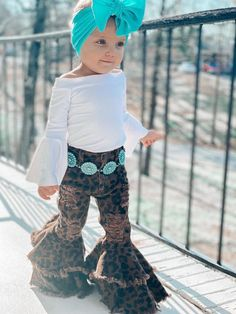 Western Baby Girls, Western Baby Clothes, Western Baby Pictures, Cute Baby Pictures, Baby Kids Clothes, Country Baby Clothes, Cute Little Girls Outfits, Toddler Girl Outfits, Baby Outfits