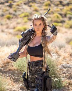 Warrior Girl, Female Soldier, Military Women, Beauty Full Girl, N Girls, Sexy Hot Girls, Girl Photos, Guns, Weapons