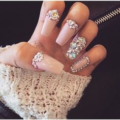 Opting for bright colours or intricate nail art isn't a must anymore. This year, nude nail designs are becoming a trend. Here are some nude nail designs. Glam Nails, Dope Nails, Fancy Nails, Bling Nails, Stiletto Nails, Beauty Nails, 3d Nails, Acrylic Nails, Chanel Nails