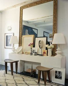 Over-sized antique mirror, layered accessories and table styling - COULD BE IN LG. CONF - SMALLER HORIZONTAL MIRROR - WITH ART LAYERED over sideboard Home Interior, Interior Styling, Interior And Exterior, Interior Decorating, Interior Ideas, Decorating Ideas, Bathroom Interior, Decor Ideas, Bathroom Modern