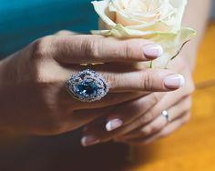 Кольцо с освежающим бразильским аквамарином, символом спокойной олимпийской уверенности в себе. #cluev #hautejoaillerie #jewelery #PreciousStones #aquamarine