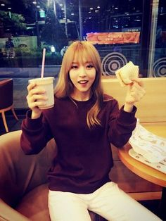 a date with moonbyul <3/ mamamoo