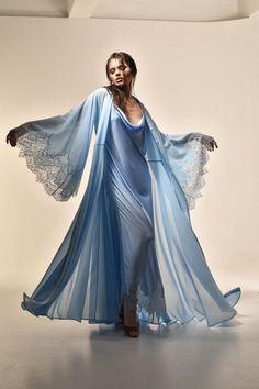Luxury Lingerie, Vintage Lingerie, Lingerie Set, Luxury Dress, Blue Bridesmaids, Bridesmaid Robes, Blue Kimono, Gown Photos, Bridal Robes