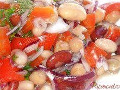 salata de fasole 3 Romanian Food, Healthy Salad Recipes, Raw Vegan, Fruit Salad, Food And Drink, Cooking Recipes, Desserts, Nicu, Diet