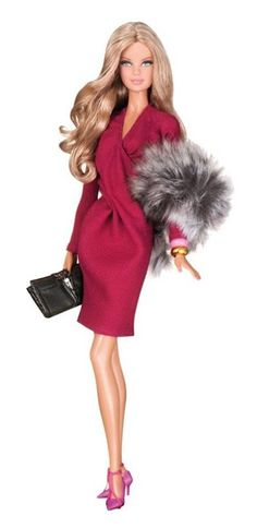 Barbie Loves Liu-Jo by of Italy I wish they'd sell this kind of barbies. In regular stores I mean. Barbie I, Vintage Barbie Dolls, Barbie World, Barbie Dress, Barbie And Ken, Barbie Clothes, Chic Chic, Fashion Royalty Dolls, Fashion Dolls