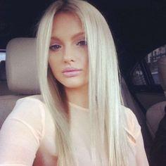Long straight blonde & soft make up