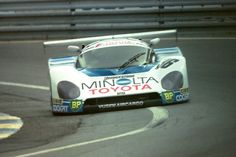 Toyota 88C - Geoff Lees, Masanori Sekiya & Kaoru Hoshino at the Esses at Le Mans 1988  / Copy. Martin LEE-Flickr