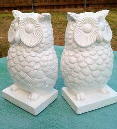 Owl Bookends//White by ElizabethLaneBoutiqu on Etsy, $24.00