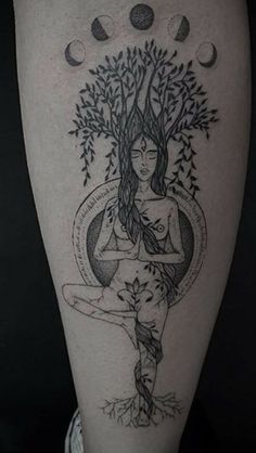 Mãe natureza gaia mulher árvore Dream Tattoos, Life Tattoos, Body Art Tattoos, Piercing Tattoo, Piercings, Yoga Tattoos, Tatoos, Pagan Tattoo, Henna Ink