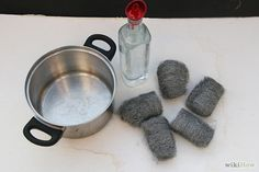 Geef hout een hele andere tint met staalwol en azijn(handleiding)