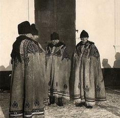Očová - Podpoľanie Bohemian Girls, Bohemian Art, Folk Costume, Costumes, Heart Of Europe, Romanticism, Vintage Pictures, Folklore, Art Decor