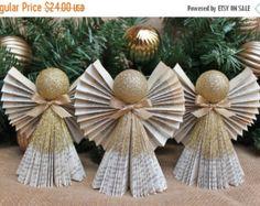 El VIERNES NEGRO VENTA Angel decoración doblado por whimsysworkshop