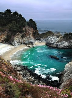 McWay Falls, Julia Pfieffer Burns State Park, California by Rob Macklin on Flickr