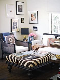 The Peak of Tres Chic: Artwork to Adore - for corner decoration