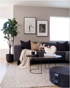 83 comfy living room decorating ideas that looks amazing 15 Decor Home Living Room, Cozy Living Rooms, Apartment Living, Interior Design Living Room, Home And Living, Living Room Designs, Minimalist Living Rooms, Contemporary Living Room Decor Ideas, Living Room Wall Ideas