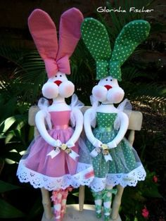 Holiday Crochet Patterns, Holiday Crafts, Holiday Decor, Pretty Dolls, Diy And Crafts, Rabbit, Bunny, Easter, Christmas Ornaments