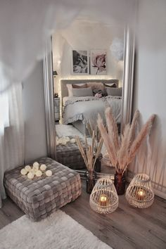 home accents bedroom In diesem Schlafzimmer von go - Room Ideas Bedroom, Home Decor Bedroom, Living Room Decor, Master Bedroom, Shabby Bedroom, Ikea Bedroom, Girls Bedroom, Bedroom Furniture, Aesthetic Room Decor