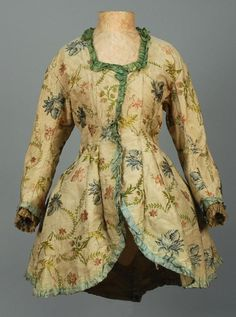LADYS SILK JACKET, AMERICAN or EUROPEAN, 18th C. - I think this one has been altered in the front