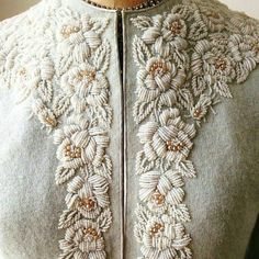 Velzera Women's Floral Embroidery Design V-Neck High-Low Dress (M/L) - Embroidery Design Guide Bead Embroidery Patterns, Tambour Embroidery, Couture Embroidery, Embroidery Fashion, Hand Embroidery Designs, Embroidery Dress, Floral Embroidery, Embroidery Stitches, Indian Embroidery