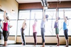 Go With the Flow in Vinyasa Yoga: An Into to This Popular Style