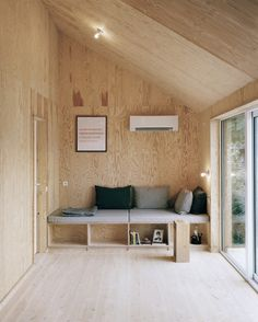 Plywood Living