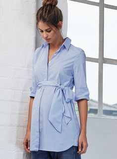 Dora Maternity Shirt in [colour] at Isabella Oliver. Discover the leading British maternity fashion brand for chic, premium quality maternity clothes. Cute Maternity Shirts, Maternity Sale, Maternity Shirt Dress, Stylish Maternity, Maternity Dresses, Maternity Fashion, Maternity Clothing, Maternity Blouses, Pregnancy Looks