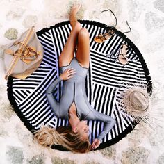 The Beach People Paloma Round Towel in Black/White